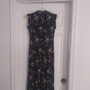 Sleeveless V-Neck Maxi-Length Dress